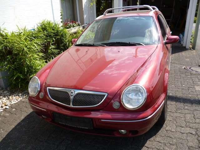 verkauft lancia lybra station wagon 1.8, gebraucht 2001, 179.950 km