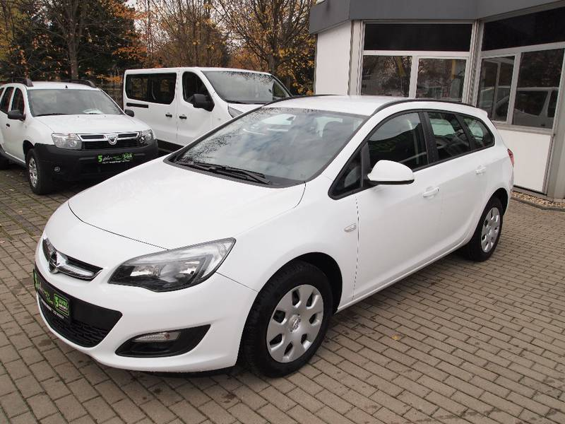 verkauft opel astra sports tourer spor gebraucht 2014 km in dresden. Black Bedroom Furniture Sets. Home Design Ideas