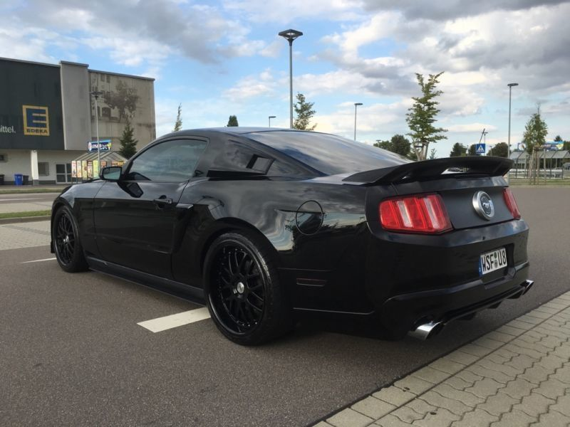 verkauft ford mustang gt premium gebraucht 2012 km in hannover. Black Bedroom Furniture Sets. Home Design Ideas