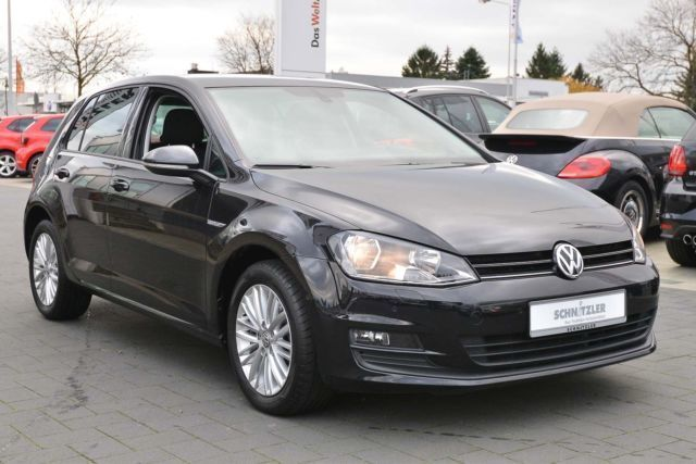 verkauft vw golf vii 1 4 tsi dsg cup n gebraucht 2014 km in hilden. Black Bedroom Furniture Sets. Home Design Ideas