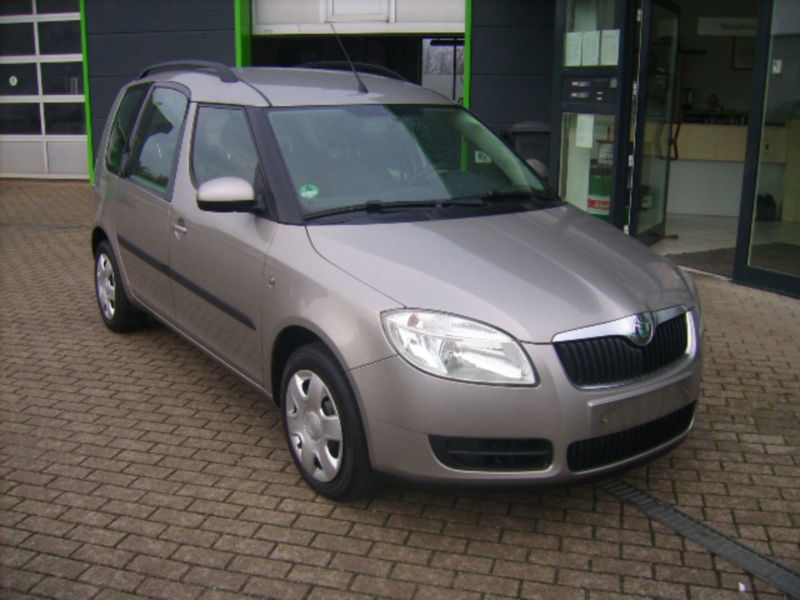 verkauft skoda roomster 1 6 gebraucht 2007 km in freiburg. Black Bedroom Furniture Sets. Home Design Ideas