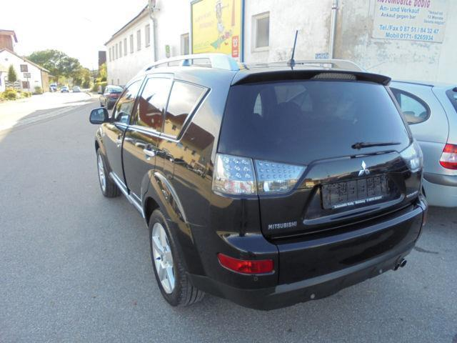 verkauft mitsubishi outlander 2 2 d eu gebraucht 2009 km in oberempfenbach. Black Bedroom Furniture Sets. Home Design Ideas