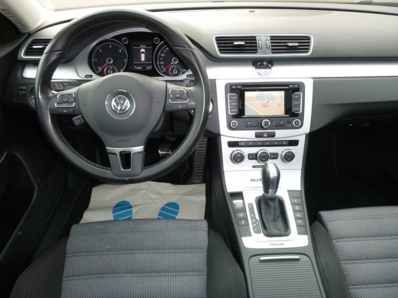 verkauft vw passat alltrack 4motion 2 gebraucht 2014 km in sundern. Black Bedroom Furniture Sets. Home Design Ideas