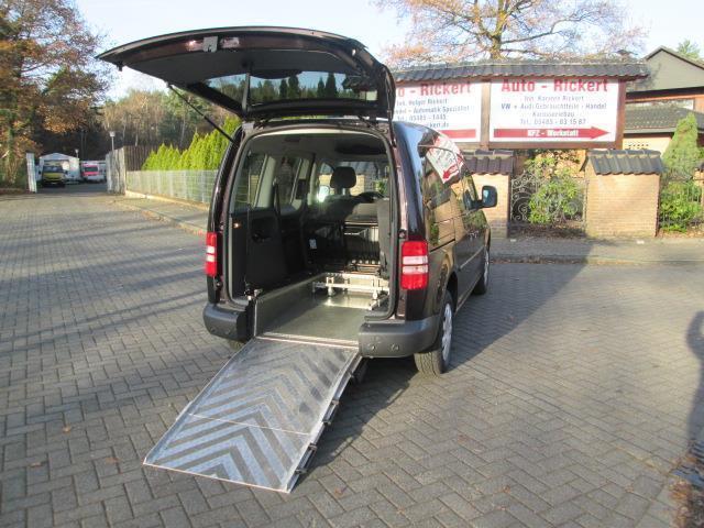 verkauft vw caddy rollstuhlrampe klima gebraucht 2012. Black Bedroom Furniture Sets. Home Design Ideas