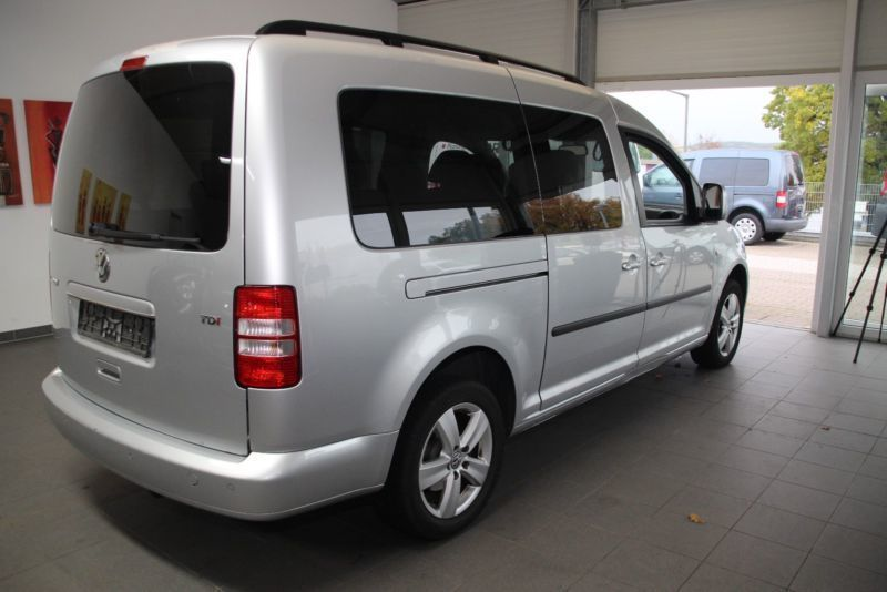 verkauft vw caddy maxi 1 6 tdi dsg com gebraucht 2012 km in zirndorf. Black Bedroom Furniture Sets. Home Design Ideas