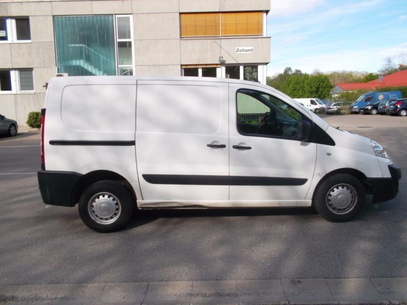 verkauft fiat scudo 10 l1h1 dpf gebraucht 2012 km in biberach. Black Bedroom Furniture Sets. Home Design Ideas