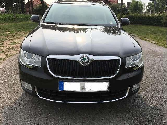 verkauft skoda superb combi 2 0 tdi ds gebraucht 2013 km in gescher. Black Bedroom Furniture Sets. Home Design Ideas
