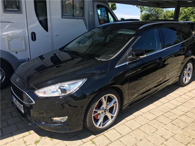 verkauft ford focus turnier titanium 1 gebraucht 2015 km in ballrechten dott. Black Bedroom Furniture Sets. Home Design Ideas
