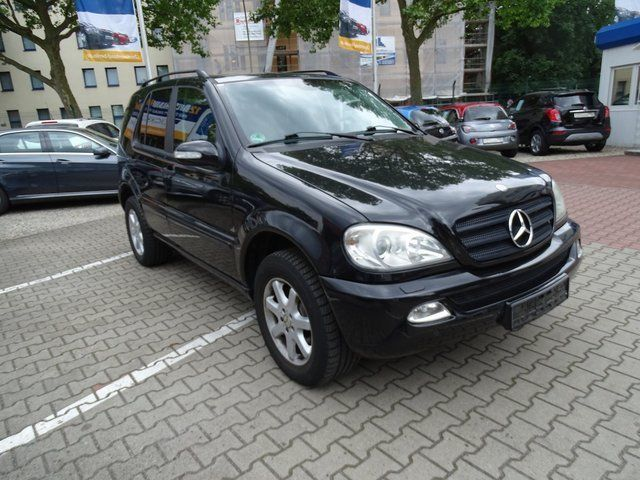 verkauft mercedes ml270 m klasse cdi v gebraucht 2005 km in berlin. Black Bedroom Furniture Sets. Home Design Ideas