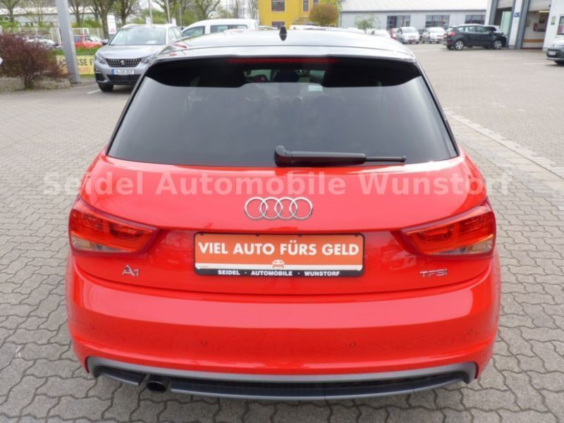 gebraucht attraction s line paket bluetooth audi a1 sportback 2013 km in wunstorf. Black Bedroom Furniture Sets. Home Design Ideas