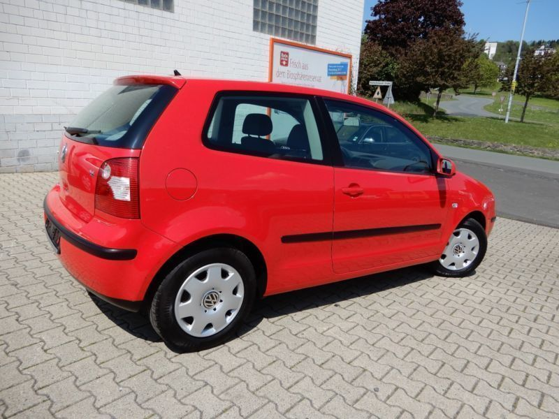 verkauft vw polo comfortline automatik gebraucht 2002 km in homberg efze. Black Bedroom Furniture Sets. Home Design Ideas