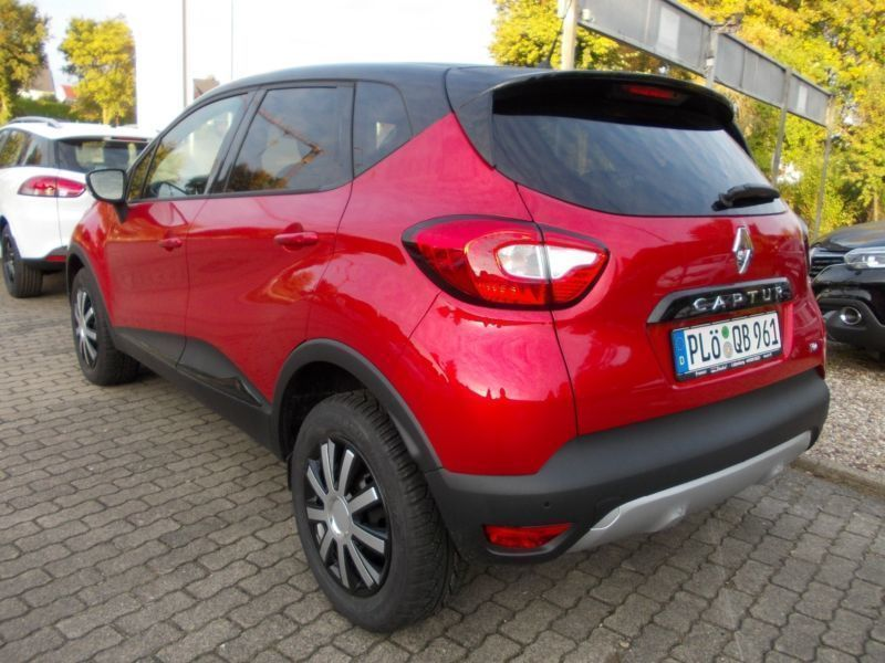 verkauft renault captur energy tce 90 gebraucht 2015 500 km in l tjenburg. Black Bedroom Furniture Sets. Home Design Ideas