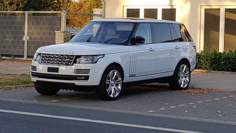 verkauft land rover range rover sdv8 l gebraucht 2015 km in d sseldorf. Black Bedroom Furniture Sets. Home Design Ideas