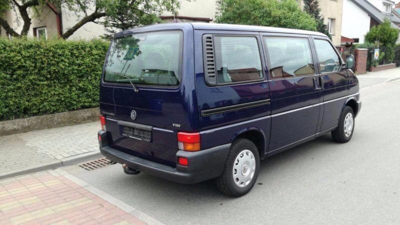 verkauft vw caravelle t4 tdi 7dc2y2 gebraucht 2001 km in frankfurt an main. Black Bedroom Furniture Sets. Home Design Ideas
