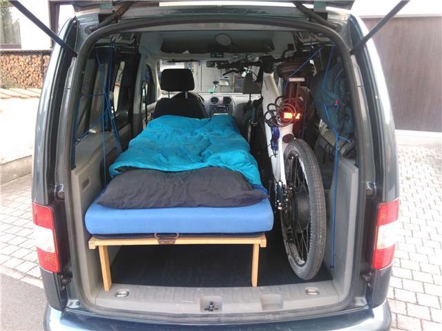 verkauft vw caddy 1 9 tdi dpf life sty gebraucht 2009. Black Bedroom Furniture Sets. Home Design Ideas