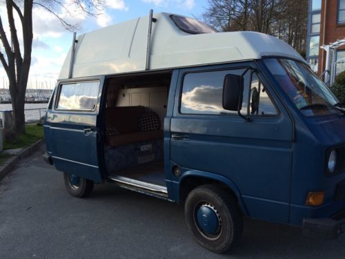 verkauft vw t3 bulli hochdach gebraucht 1989 km. Black Bedroom Furniture Sets. Home Design Ideas
