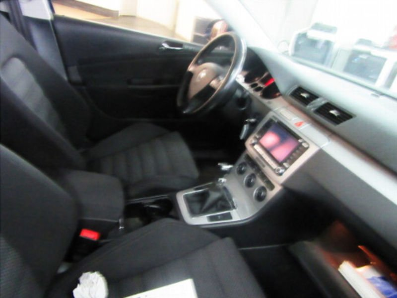 verkauft vw passat variant sportline 4 gebraucht 2007 km in hilden. Black Bedroom Furniture Sets. Home Design Ideas