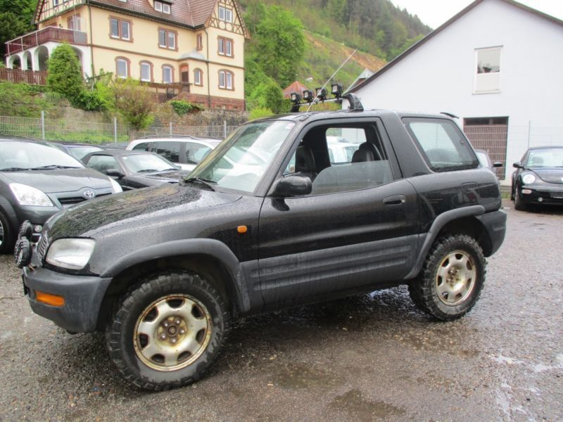 verkauft toyota rav4 fun gebraucht 1996 km in wertheim am main. Black Bedroom Furniture Sets. Home Design Ideas