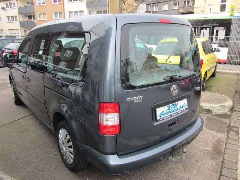 verkauft vw caddy maxi life gewinner 1 gebraucht 2009 km in dortmund. Black Bedroom Furniture Sets. Home Design Ideas