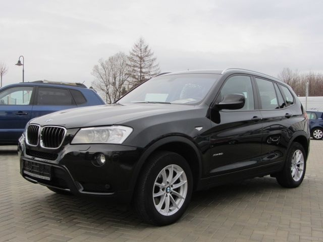 verkauft bmw x3 xdrive20i lenkradheizu gebraucht 2013. Black Bedroom Furniture Sets. Home Design Ideas