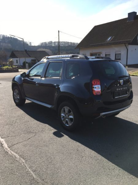 verkauft dacia duster tce 125 4x2 pres gebraucht 2016 km in etzbach. Black Bedroom Furniture Sets. Home Design Ideas