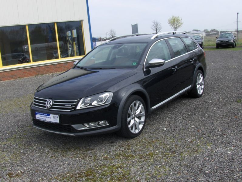 verkauft vw passat alltrack bluem 4mo gebraucht 2012. Black Bedroom Furniture Sets. Home Design Ideas