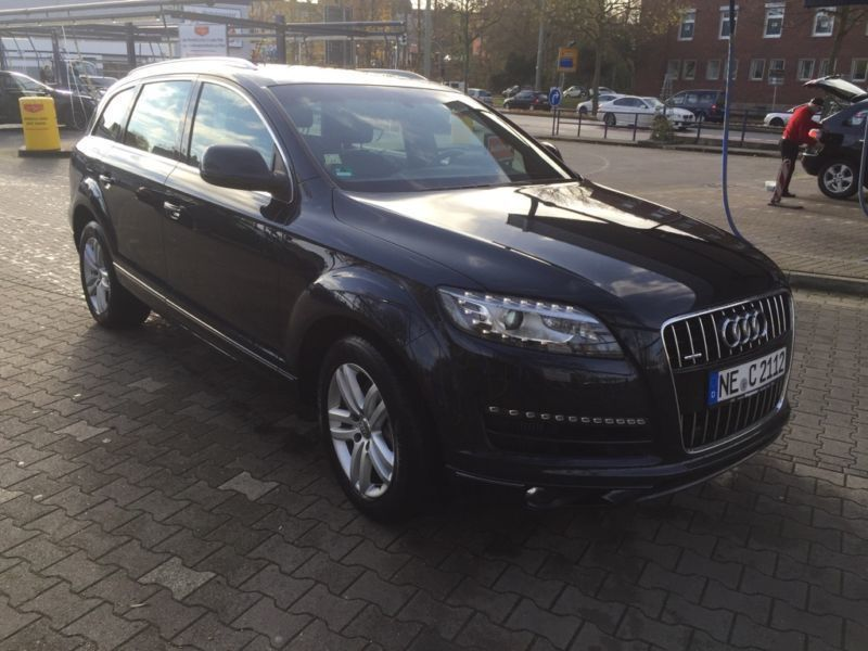 verkauft audi q7 4 2 pano sky standh gebraucht 2011 km in neuss. Black Bedroom Furniture Sets. Home Design Ideas