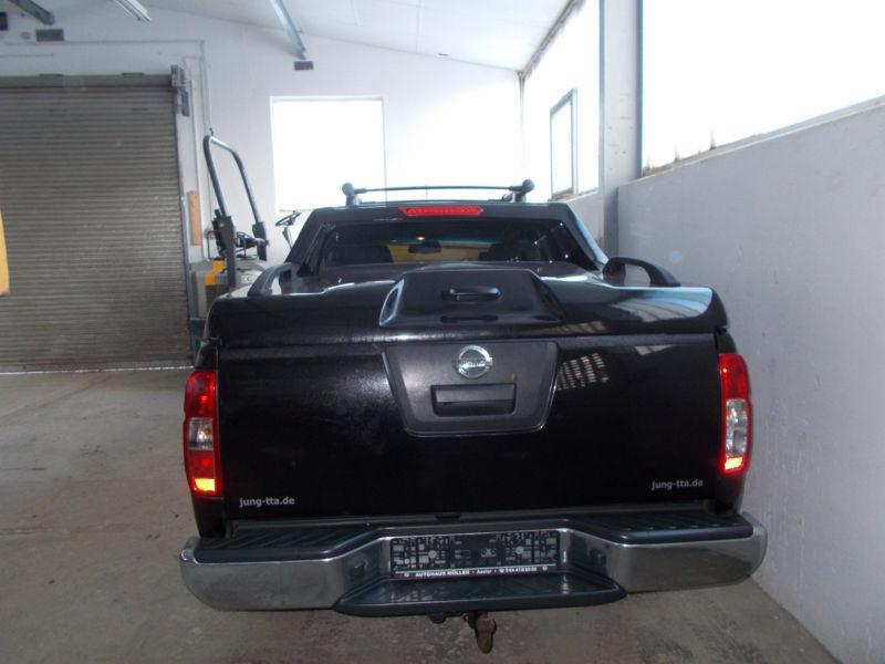 navara gebrauchte nissan navara kaufen 677 g nstige autos zum verkauf. Black Bedroom Furniture Sets. Home Design Ideas