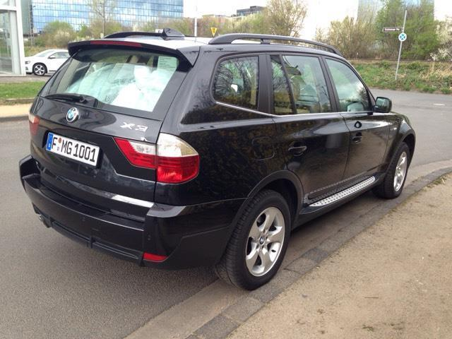 verkauft bmw x3 aut gebraucht 2007 km in frankfurt. Black Bedroom Furniture Sets. Home Design Ideas