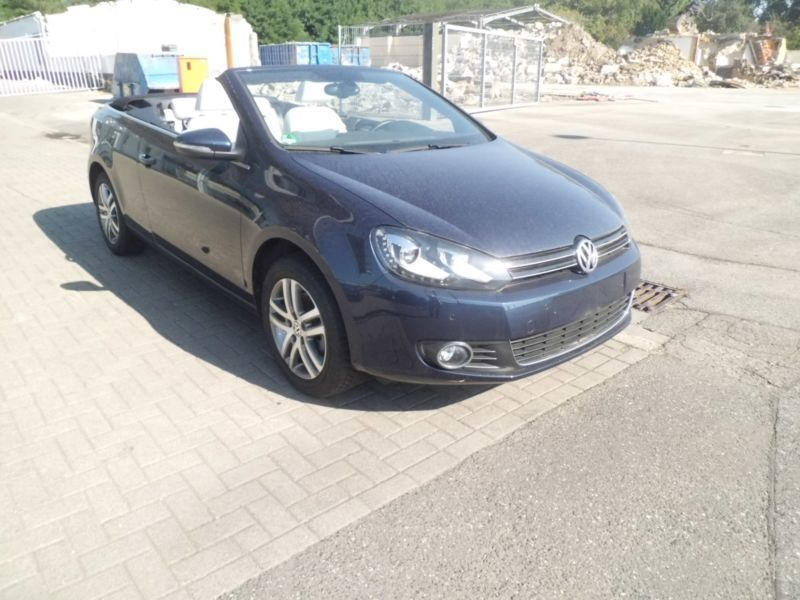 verkauft vw golf cabriolet vi 1 6 tdi gebraucht 2015 km in erkner. Black Bedroom Furniture Sets. Home Design Ideas