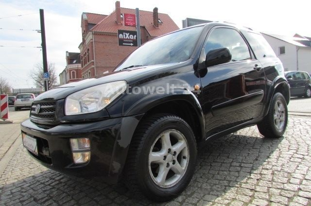 verkauft toyota rav4 4x4 automatik k gebraucht 2002 km in hannover. Black Bedroom Furniture Sets. Home Design Ideas