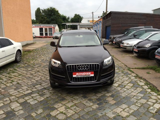 verkauft audi q7 3 0 tfsi quattro tipt gebraucht 2014 km in hamburg. Black Bedroom Furniture Sets. Home Design Ideas