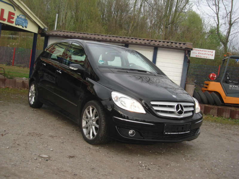 verkauft mercedes b200 b klasseturbo k gebraucht 2005 km in windhausen. Black Bedroom Furniture Sets. Home Design Ideas