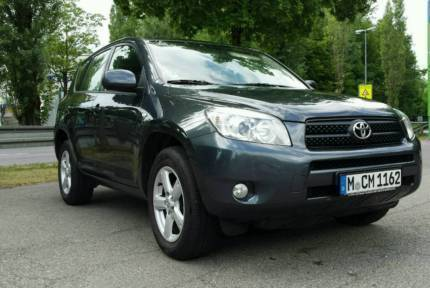 verkauft toyota rav4 2 0 4x4 gebraucht 2007 km in oberndorf am neckar. Black Bedroom Furniture Sets. Home Design Ideas
