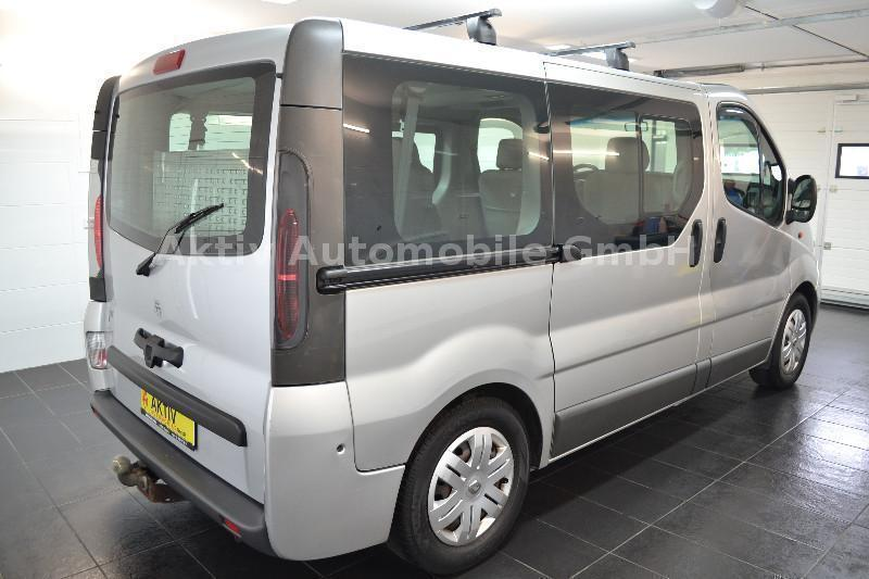 verkauft renault trafic 2 5 dci elysee gebraucht 2004 km in wiehl. Black Bedroom Furniture Sets. Home Design Ideas