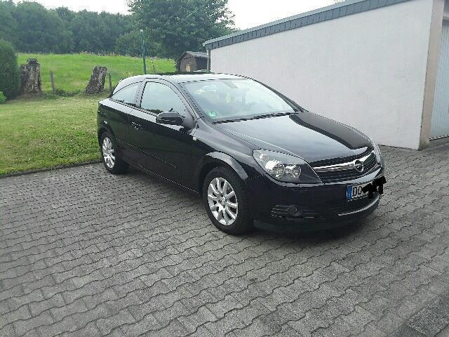 verkauft opel astra gtc 1 6 edition gebraucht 2007 157. Black Bedroom Furniture Sets. Home Design Ideas