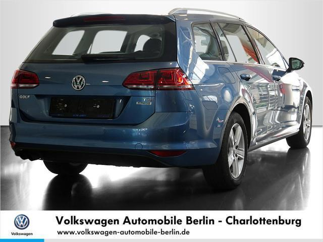 verkauft vw golf variant vii kombi hig gebraucht 2016 km in berlin. Black Bedroom Furniture Sets. Home Design Ideas