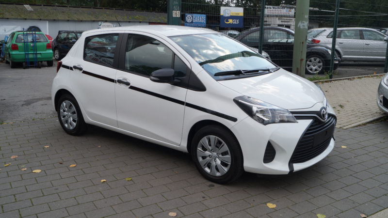 verkauft toyota yaris top gebraucht 2016 km in bochum. Black Bedroom Furniture Sets. Home Design Ideas