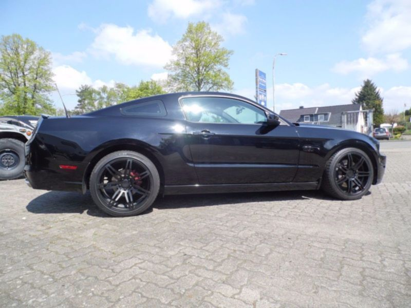 verkauft ford mustang gt 5 0 v8 19 zo gebraucht 2013 km in wester ohrstedt. Black Bedroom Furniture Sets. Home Design Ideas