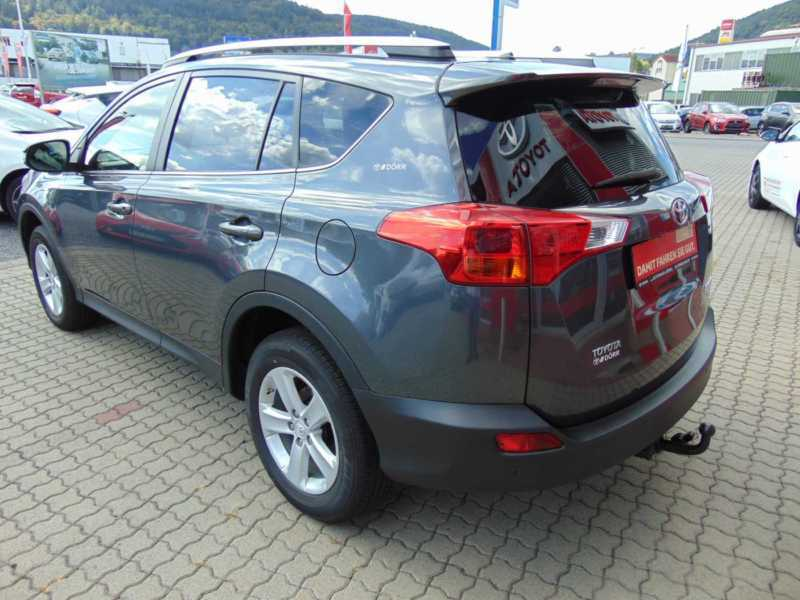 verkauft toyota rav4 rav 42 0 d 4d 4x2 gebraucht 2014 km in kleinheubach. Black Bedroom Furniture Sets. Home Design Ideas