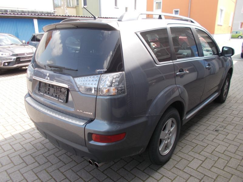 verkauft mitsubishi outlander 2 2 di d gebraucht 2011 km in osnabr ck. Black Bedroom Furniture Sets. Home Design Ideas