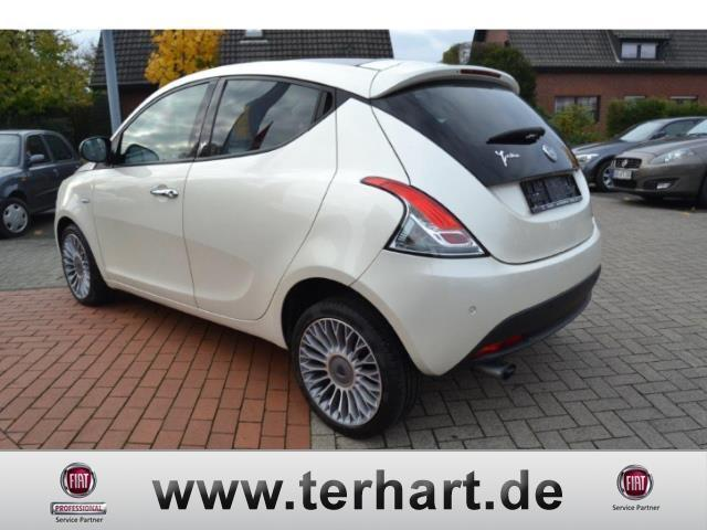 verkauft lancia ypsilon 0 9 twin air p gebraucht 2011 km in raesfeld. Black Bedroom Furniture Sets. Home Design Ideas