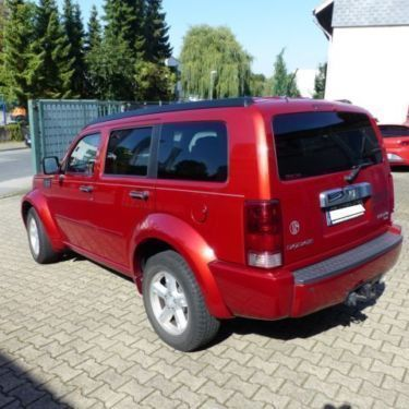verkauft dodge nitro sxt benzin autom gebraucht 2010 km in bochum nord. Black Bedroom Furniture Sets. Home Design Ideas