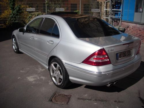verkauft mercedes c32 amg c klasse amg gebraucht 2003 km in wedding. Black Bedroom Furniture Sets. Home Design Ideas