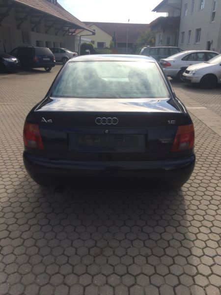 verkauft audi a4 lim 1 6 gebraucht 1996 km in regensburg. Black Bedroom Furniture Sets. Home Design Ideas
