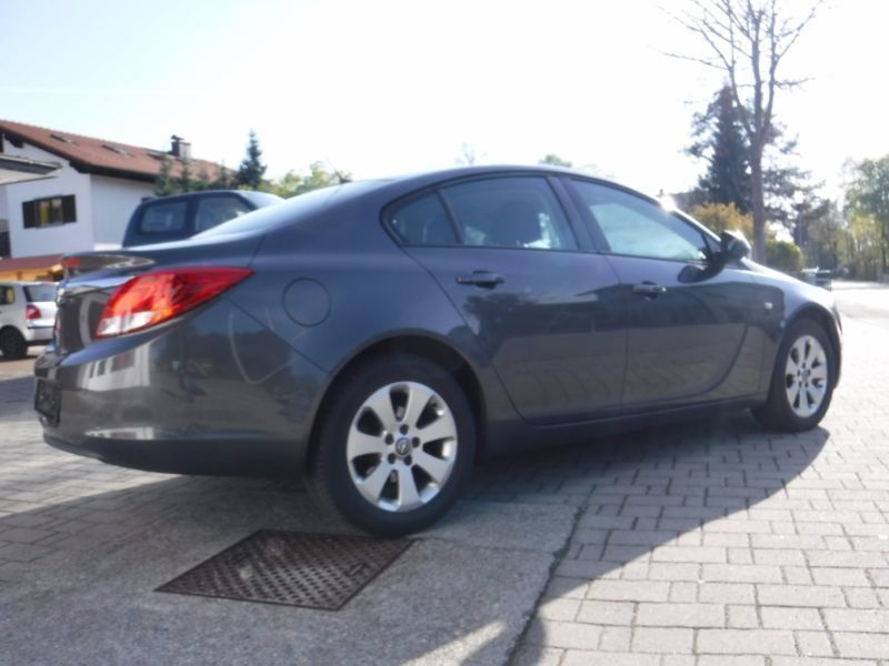 verkauft opel insignia gebraucht 2009 km in kolbermoor. Black Bedroom Furniture Sets. Home Design Ideas