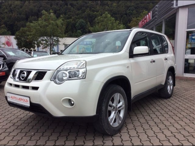 verkauft nissan x trail 2 0 dci 4x4 dp gebraucht 2011 km in brilon. Black Bedroom Furniture Sets. Home Design Ideas