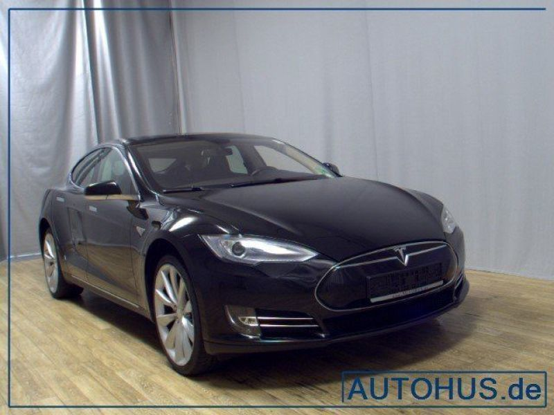 verkauft tesla model s p85 pano navi x gebraucht 2013. Black Bedroom Furniture Sets. Home Design Ideas