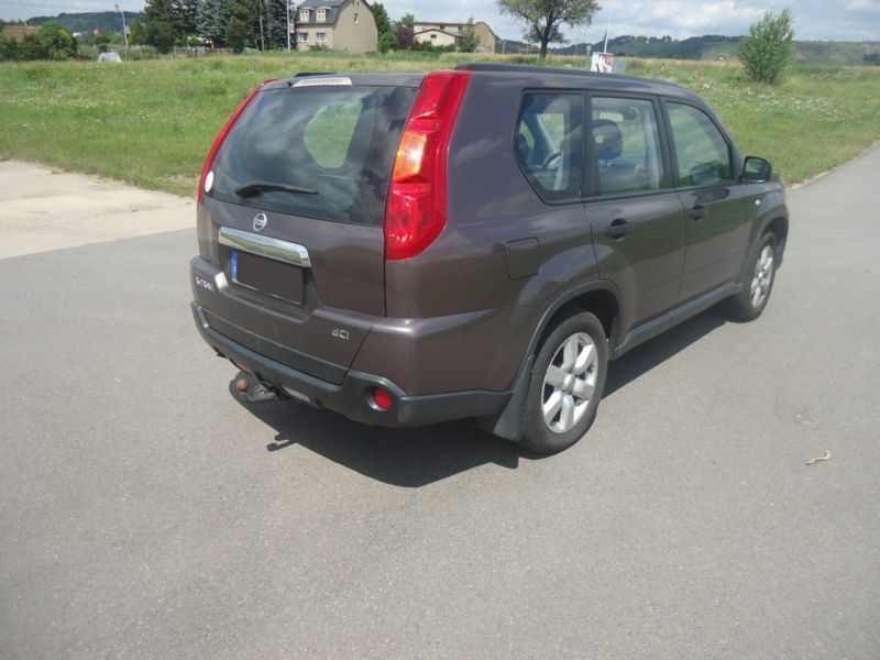 verkauft nissan x trail 2 0 dci 4x4 dp gebraucht 2009 km in neustadt. Black Bedroom Furniture Sets. Home Design Ideas