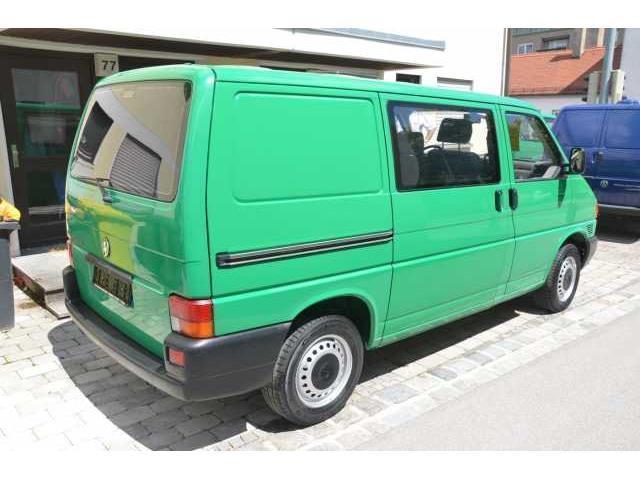 verkauft vw t4 bus kombi 2 5 benziner gebraucht 2000 km in augsburg. Black Bedroom Furniture Sets. Home Design Ideas